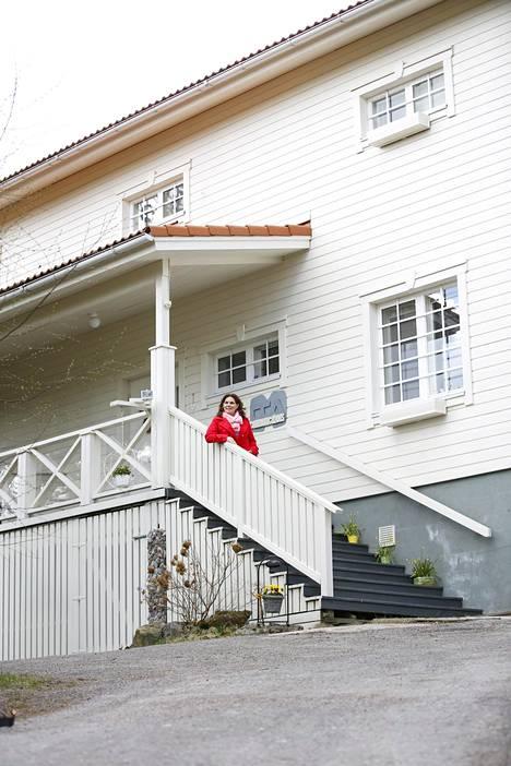 Mikkosten kotitalo Myrskylässä on ollut myynnissä kahden vuoden ajan.
