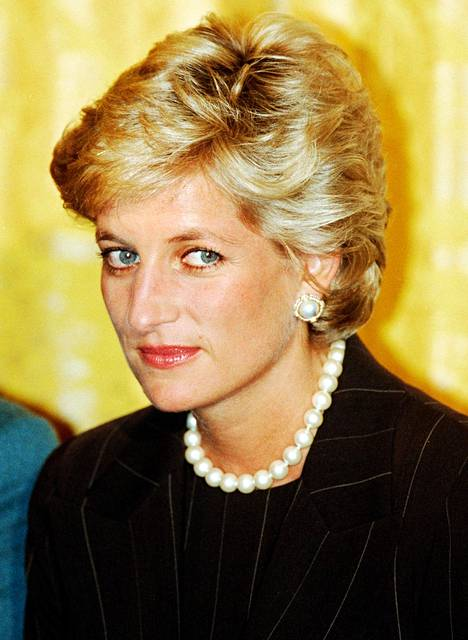Prinsessa Diana kuoli auto-onnettomuudessa Pariisissa vuonna 1997.