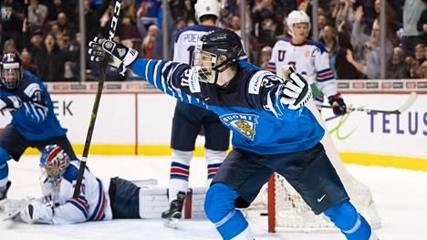 Kaapo Kakko ratkaisi MM-kullan Suomelle.