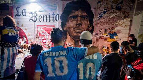 Diego Maradonan muistoa on kunnioitettu eri puolilla maailmaa.