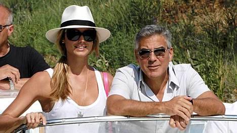 George Clooney ja Stacy Keibler viettivät kesän Italiassa.