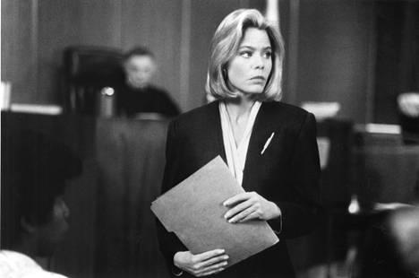L.A. Law -sarjassa asianajaja Grace Van Owenin roolia näytteli Susan Dey.