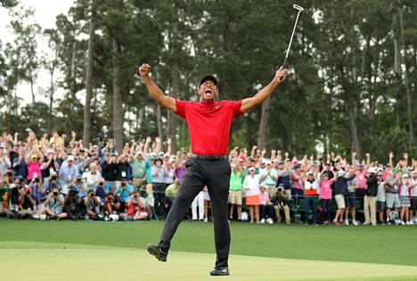 Tiger Woods nappasi uransa 15. major-voiton keväällä 2019 Augustassa. Aiemmat 14 hän voitti vuosina 1997–2008.