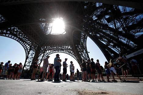 Pariisi täyttyy turisteista vuosi toisensa jälkeen.