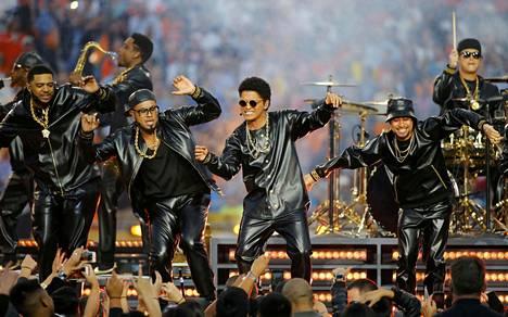 Bruno Mars lavalla.