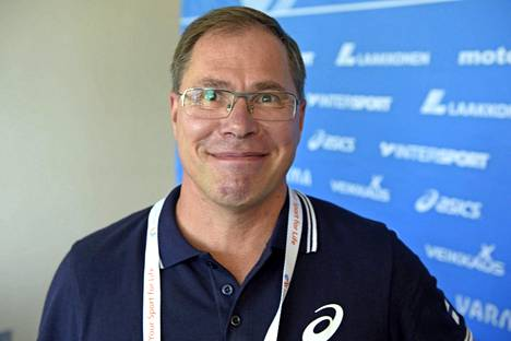 Petteri Jouste tuli Nezirin valmentajaksi kesken kauden.
