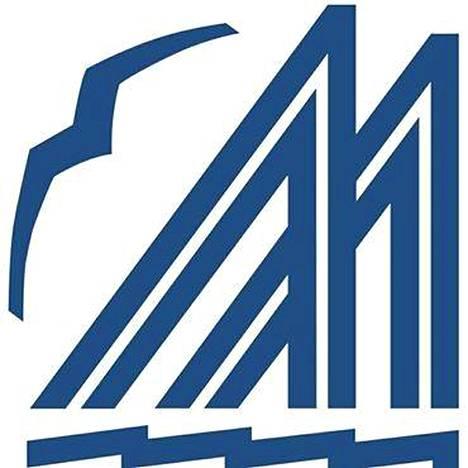 Merenkävijöiden tunnuksen on suunnitellut taiteilija Antti Salmenlinna. Se on vahvistettu käyttöön jo vuonna 1923.