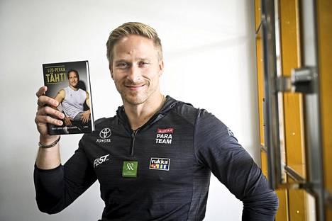 Leo-Pekka Tähden elämäkerta julkaistiin lauantaina.