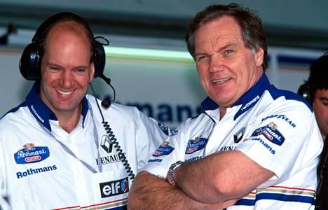 Williamsin supermenopelien luojat Adrian Newey (vas.) ja Patrick Head.
