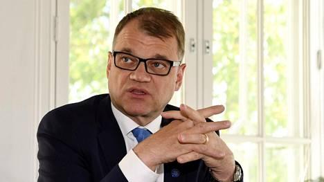 Pääministeri Juha Sipilä Kesärannassa Helsingissä 14. kesäkuuta 2017.