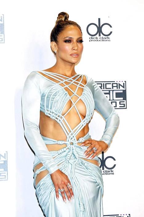 Lopez kuvattuna vuonna 2015. Tähti on kertonut panostavansa ihonhoitoon ja omien sanojensa mukaan hänelle ei ole koskaan tehty mitään kauneusoperaatioita.