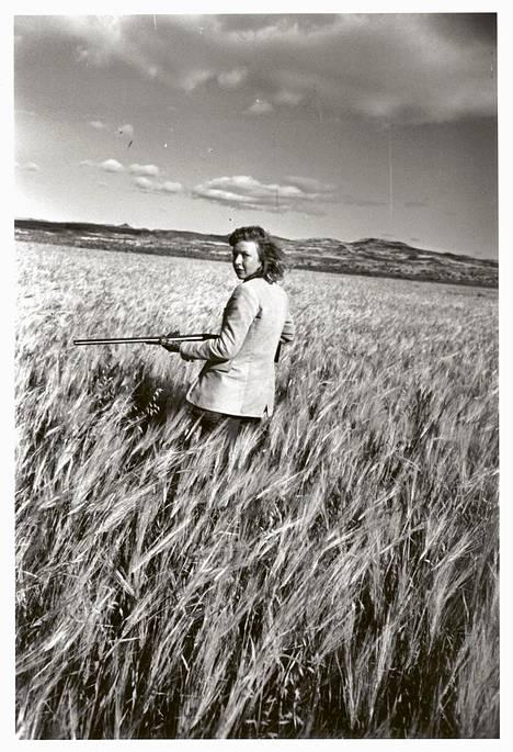 Sotakirjeenvaihtaja Martha Gellhorn (s. 1908) raportoi maailman konflikteista 40 vuoden ajan ja lähti sotaan vielä 81-vuotiaana.