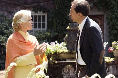 Ellen Burstyn ja Nicolas Cage psykologisessa kauhuelokuvassa.