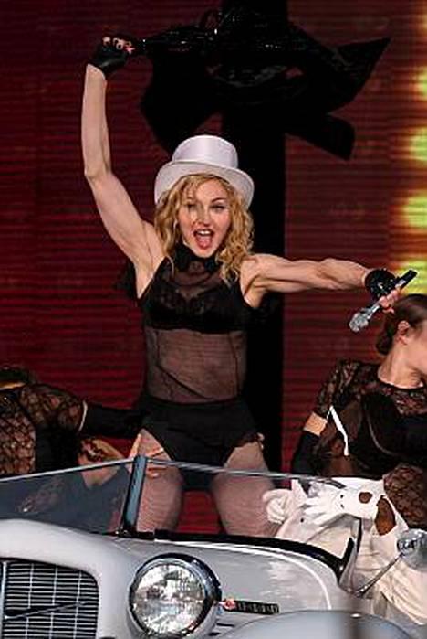 Madonnan Sticky and Sweet -kiertue pysähtyi sunnuntaina Pietarissa.