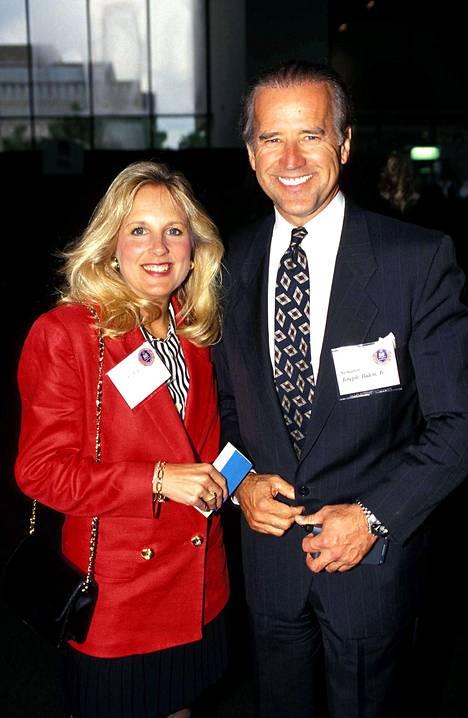 Joe ja Jill Biden vuonna 1994.