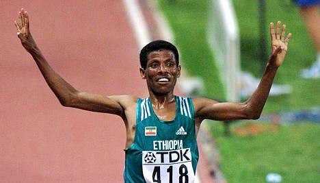 Haile Gebreselassie hallitsi miesten kestävyysjuoksua 1990-luvulla.
