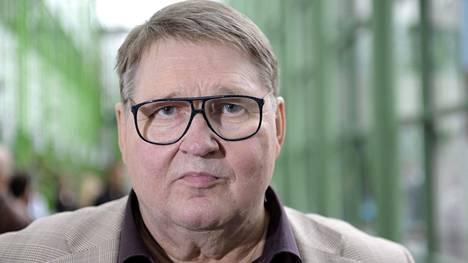 Suursijoittaja Kai Mäkelä kuvattiin Elämä pelissä -ohjelman tiedotustilaisuudessa Helsingissä syyskuussa 2012.