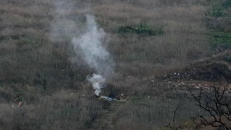 Kobe Bryantia ja kahdeksaa muuta ihmistä kuljettanut helikopteri syöksyi maahan tammikuussa 2020 Calabasasissa Yhdysvalloissa.