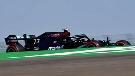 Valtteri Bottas on nyt jo 30 pistettä perässä MM-johdossa olevaa tallikaveriaan Lewis Hamiltonia. Kaventuuko ero tänä viikonloppuna?