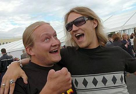 Duudsonit isännöivät amerikkalaisen sielunveljensä Bam Margeran Suomen-vierailua.