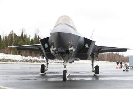 Lockheed Martinin HX-tarjokas: F-35A-hävittäjä Satakunnan Lennostossa 10. helmikuuta.