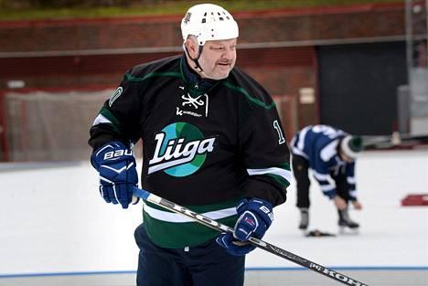 Esa Tikkanen iski ottelun voittomaalin jatkoajalla.
