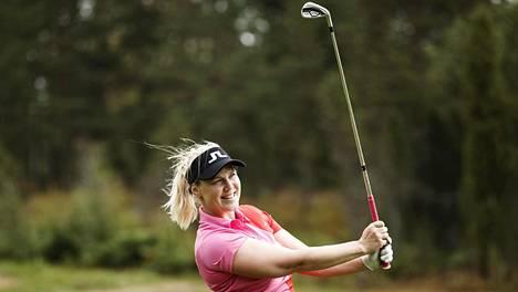 Minea Blomqvist-Kakko kuvattuna Siuntion Pickala Golfissa vuonna 2019.