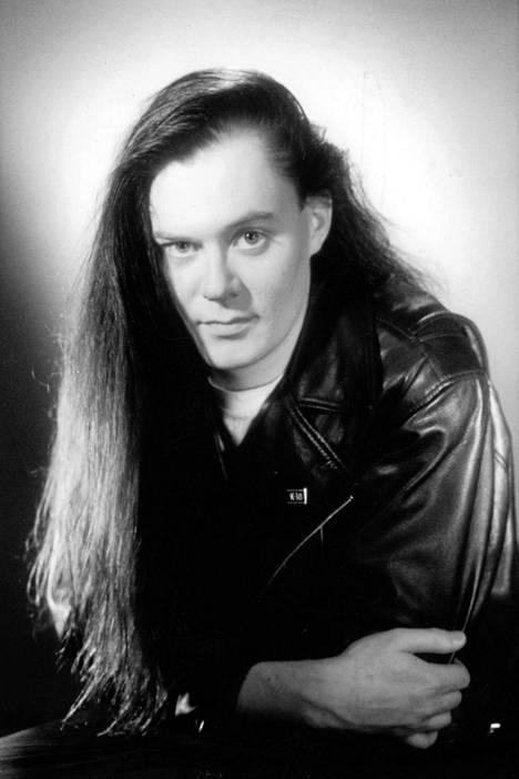 1994 suulaasta Pertti Salovaarasta tuli nopeasti yksi Radiomafian suosituimmista toimittajista.