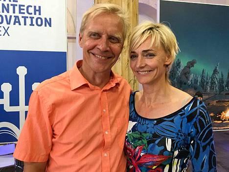 Bryggare ja Drechsler esiintyivät ensi kertaa julkisesti Suomi-talon avajaisissa Riossa.