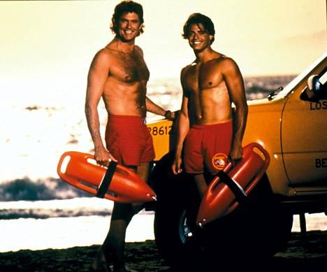 David Hasselhoff (vas.) hurmasi etenkin naiskatsojia Baywatch-sarjassa. Tyson Furyn uimasortsit olivat kuin suoraan Hasselhoffilta lainatut.