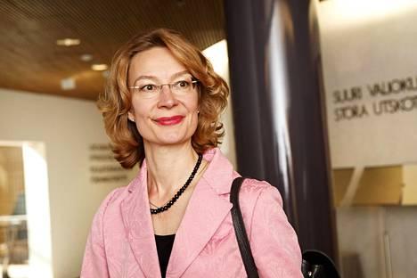 Eurooppaministeri Tytti Tuppurainen on keskeinen ministeri Suomen EU-puheenjohtajakaudella. Tuppuraisen tontille kuuluvat muun muassa oikeusvaltio- ja laajentumisasiat.