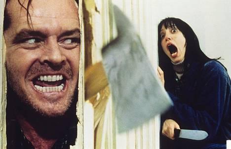 Duvallin uskotaan huutaneen aidosti kauhusta Jack Nicholsonin tunkeutuessa oven läpi kirveen kanssa.