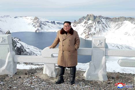 Kim Jong-un vierailee Paektu-vuorella yleensä noin kerran, pari vuodessa.