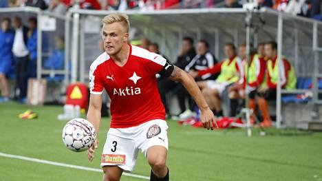 """HIFK:n luottopuolustaja jäi tylysti ilman sopimusta: """"Syy vaihtui päivästä riippuen"""""""