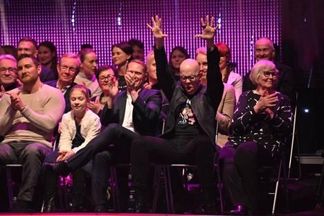 Toni Wirtanen tuuletti yleisössä.