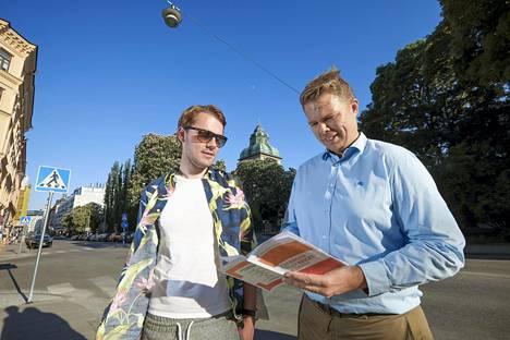 Martin Holst ja Henrik Salomonson Freij pitävät kansalaisten ohjeistamista järkevänä.