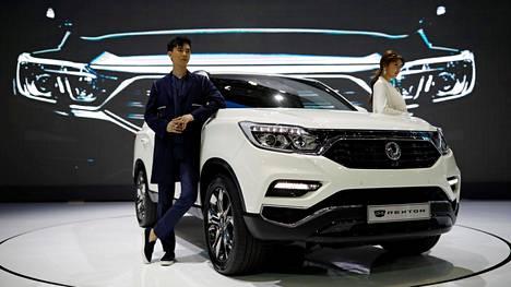 Kotimaassaan Etelä-Koreassa uuden Rextonin mallimerkinnässä on lisänä G4, joka kertoo auton olevan neljättä sukupolvea. Koriin on tullut lisää kokoa, mikä kasvattaa tiloja varsinkin kolmannella istuinrivillä.