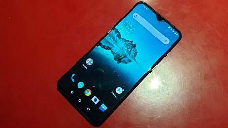 OnePlus 7 on valmistajan edullisempi uusi puhelinmalli.
