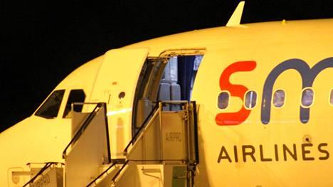Poliisi uskoo kaappauskoodin tulleen lentokoneesta Ranskan ilmatilassa.