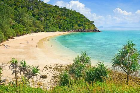 Ko Lanta kauniine rantoineen on Thaimaan suosituimpia lomakohteita.