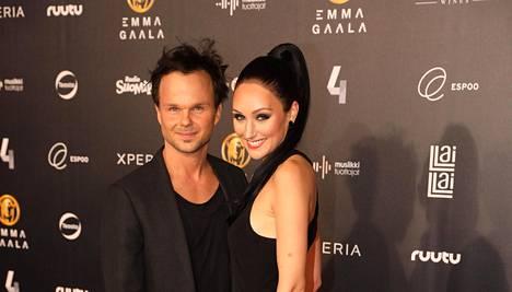 Lauri Ylönen ja Katriina Mikkola saivat loppuvuodesta vauvan, joka syntyi Los Angelesissa.