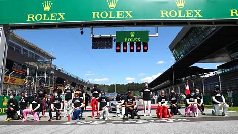 Kuljettajien solidaatisuusele ennen Itävallan F1-kisaa.
