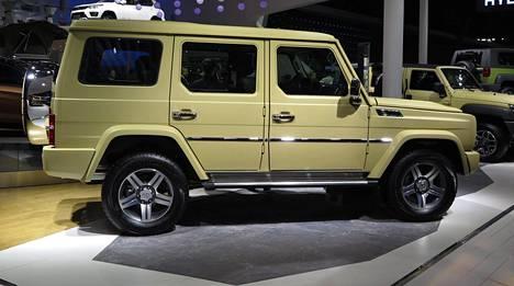 BJ80 – Mercedes-Benz -kopio.
