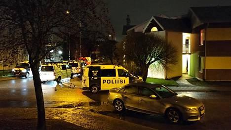 Operaatiossa poliisi otti kiinni yhden talon asukkaan.