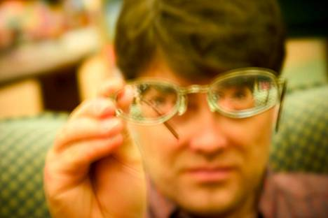 Onko näkökenttäsi sumuinen? Joskus auttavat uudet silmälasit, mutta sumuisuus voi myös viitata sairauteen.