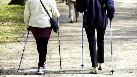 Tutkimuksen tulokset ovat tervetulleita, sillä tätä ennen ei ole ollut selvää, kuinka monta askelta päivässä olisi suositeltava taso iäkkäille.