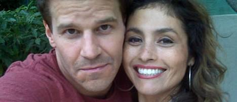 David Boreanaz ja Kristina Hagan Bones-sarjan kuvauksissa.
