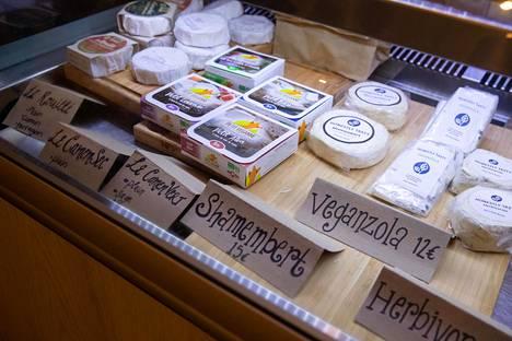 Vegaaniset tuotteet maistuvat Tartinen asiakkaille. –Olemme hyvin iloisia kaikista asiakkaistamme ja eniten ylpeitä niistä, jotka eivät ole vegaaneja ja palaavat meille kerta toisensa jälkeen, Constance von Freymann sanoo.