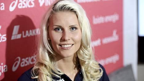 Toukokuun lopulla Kristiina Mäkelä hyppäsi omaan ulkoratojen ennätykseensä 13,94.