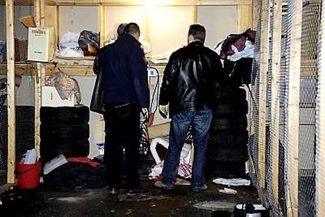 10-vuotiaan Engla-tytön katoamisesta Ruotsissa epäillyn 42-vuotiaan kuorma-autonkuljettajan kotoa löytyi Expressenin mukaan lapsipornoa.